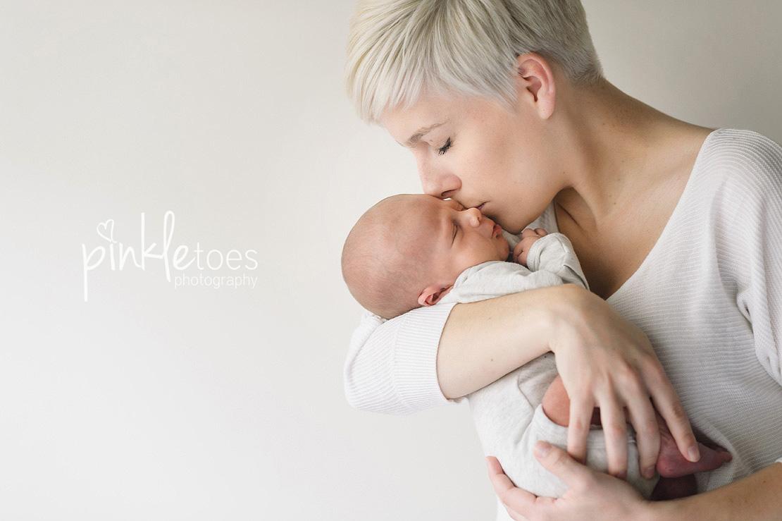 newborn-baby-boy-modern-austin-photography-photos-18